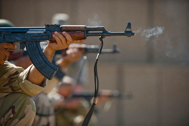 Фото: АК-74 с необычным усовершенствованием замечен в Сирии